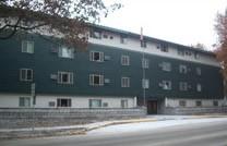 Glacier Manor Apartments Image