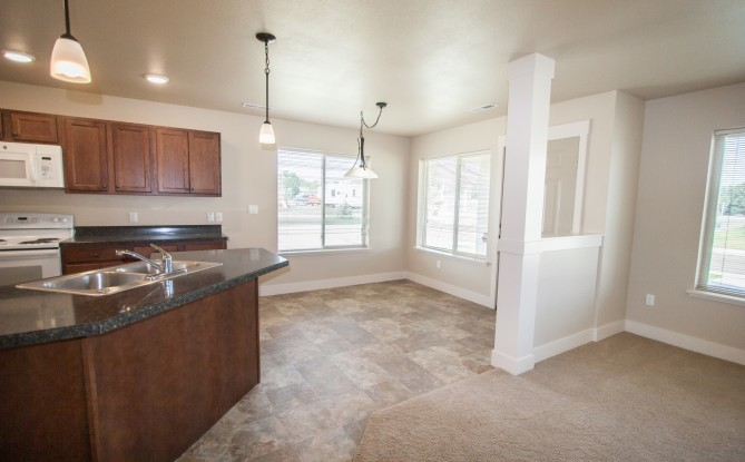 Sage Court Townhomes Image